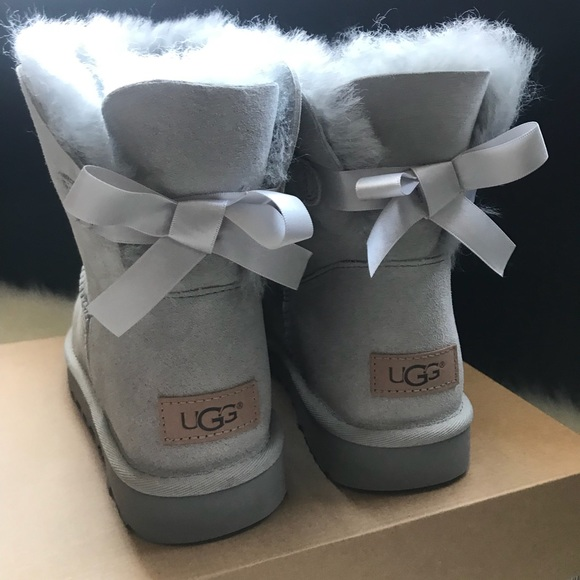 super cheap factory outlet casual shoes Ugg Mini Bailey Bow II - Seal/Light Grey NWT
